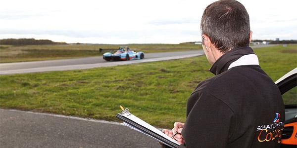 Nicolas Schatz analyse pilote sur circuit